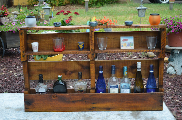 20-Inspirational-Pallet-Projects-For-The-Home-21