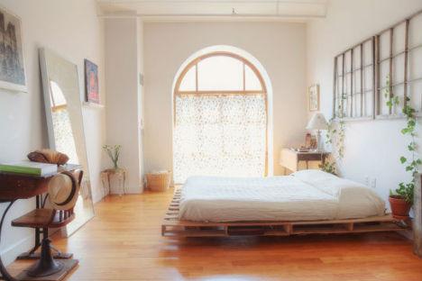pallet-reuse-platform-bed-with-storage