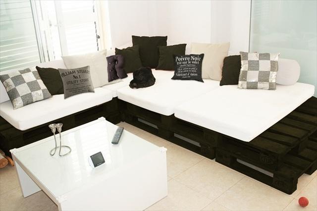 pallet-sofa-1