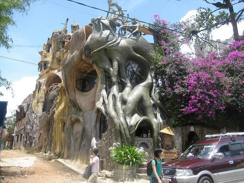vietnam-crazy-house-1_0