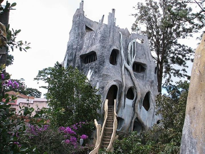 vietnam-crazy-house-24